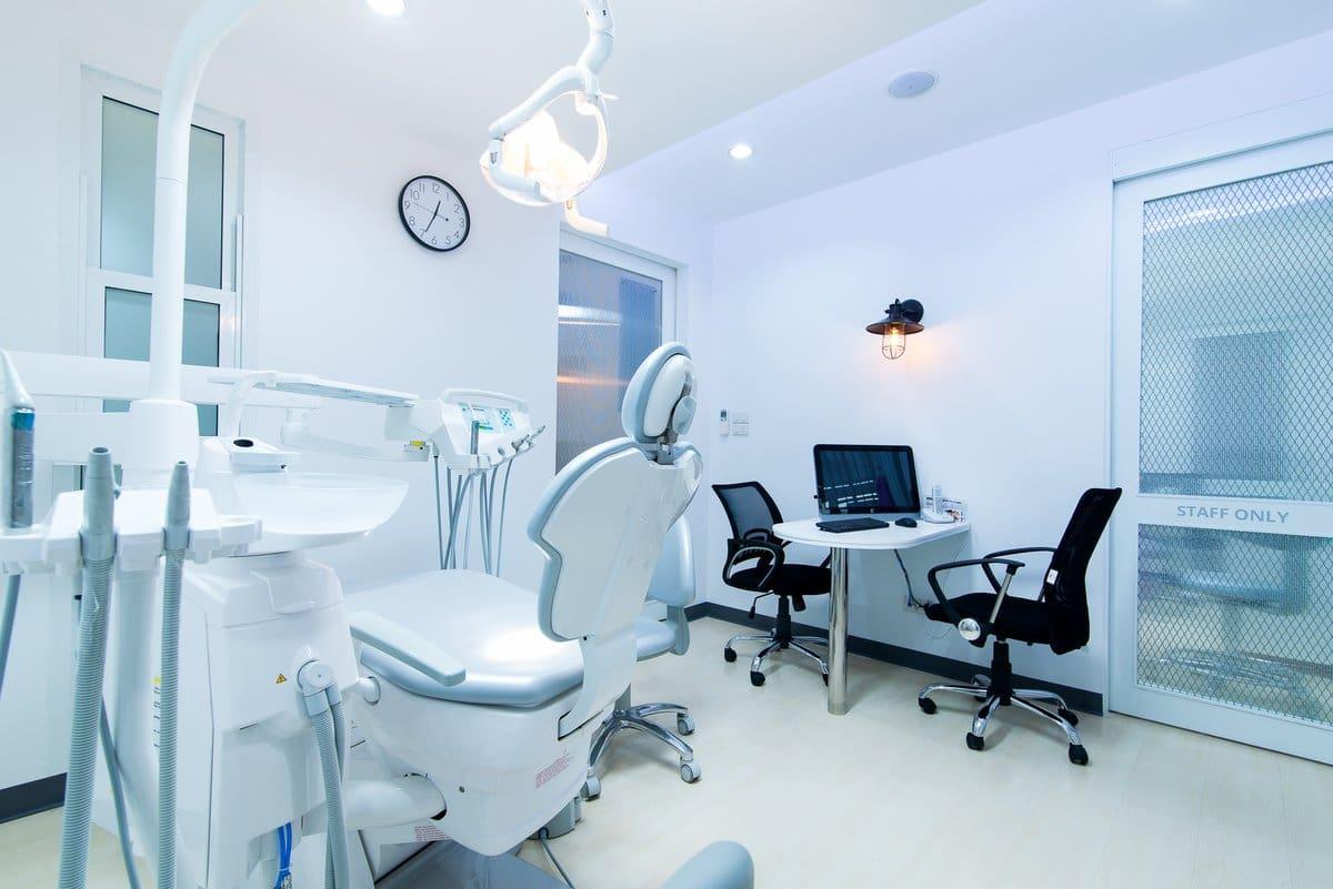 zubni implantati u zagrebu
