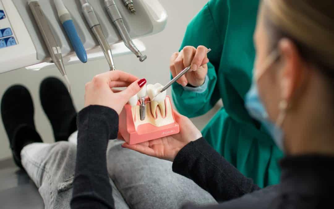 Moguće komplikacije nakon ugradnje zubnih implantata